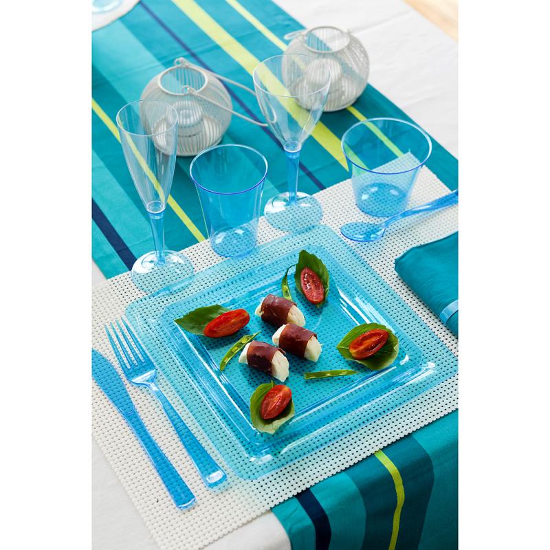 Assiette carrée en plastique turquoise. Taille : 23x23 cm.